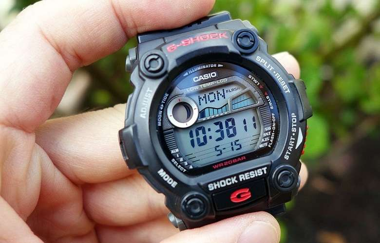 G Shock In Hand